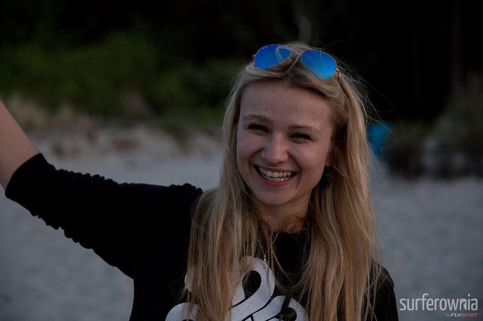 Nasza kursantka Karo z takim uśmiechem pożegnała Boże Ciało ! :D